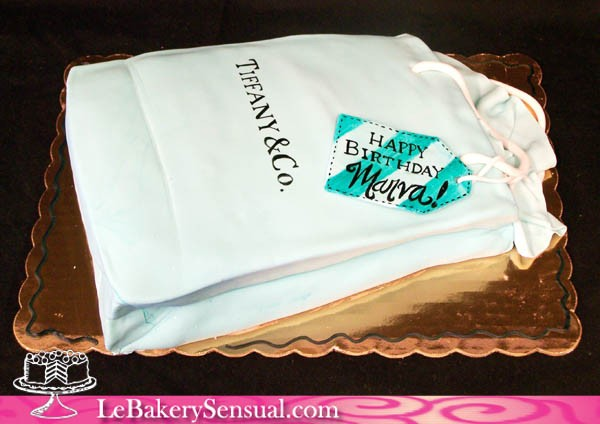 tiffanys_bag_cake
