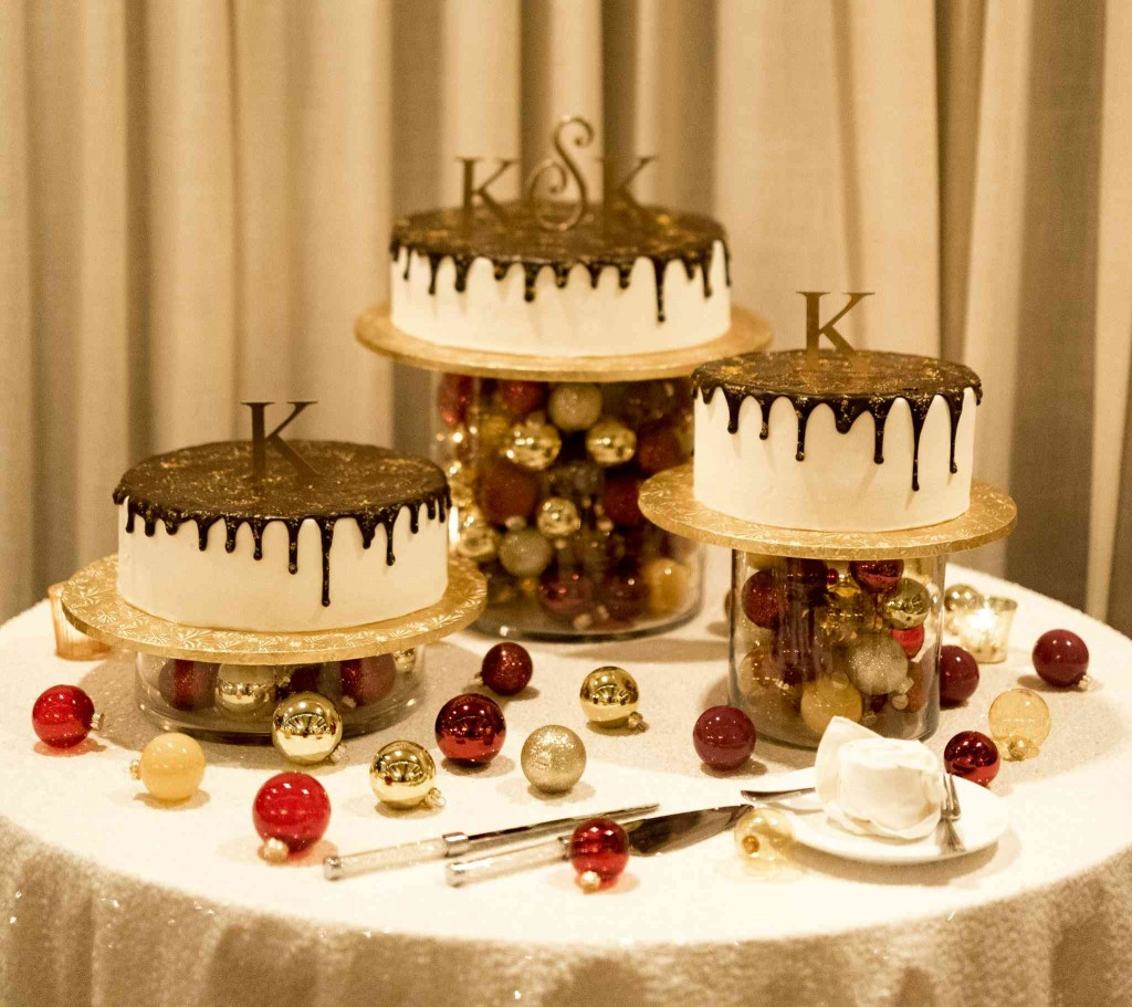 New Years Eve Golden Wedding Cakes Le Bakery Sensual