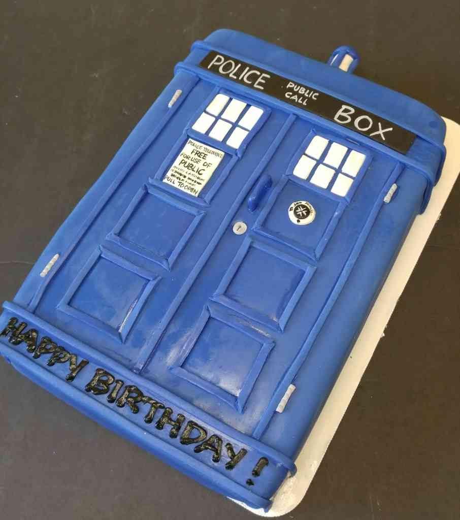 Doctor Who TARDIS sheet cake le Bakery Sensual