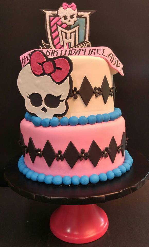 Monster High Stacked Cake Le Bakery Sensual