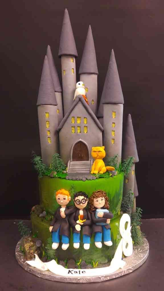 Harry Potter Hogwarts Cake Le Bakery Sensual